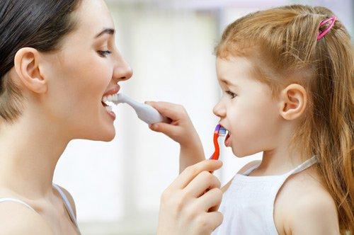 Teaching your kids good dental habits
